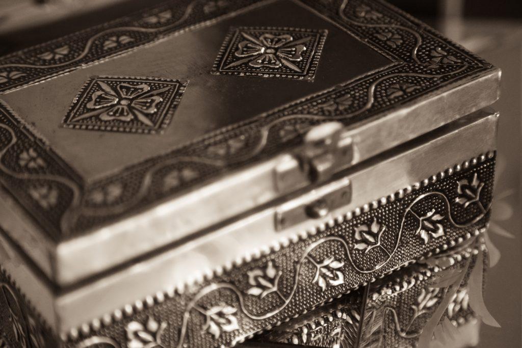 box-silver-gift