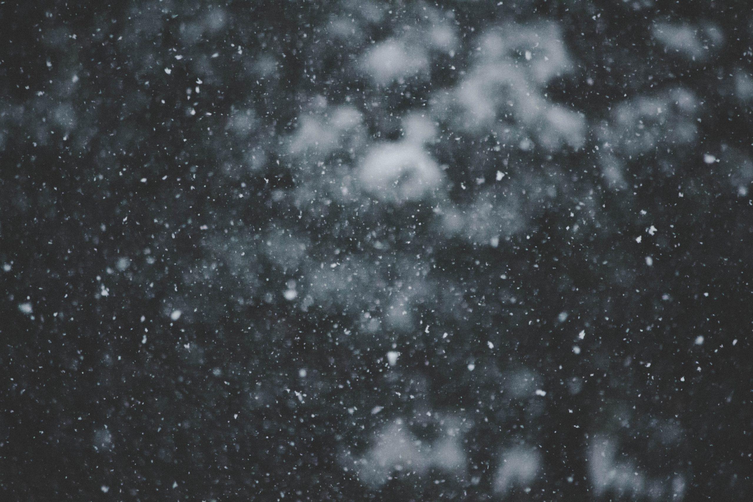 insomnia snow不眠の雪 - a Tanka Poem